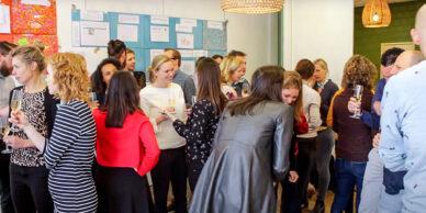 Onze medewerkers zijn gelukkig: zo kunnen we organisaties beter helpen